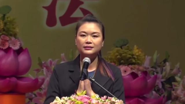 """Selepas melafalkan """"Xiao Fang Zi"""", anak yang bermasalah paru-paru dan lambung sudah membaik banyak"""